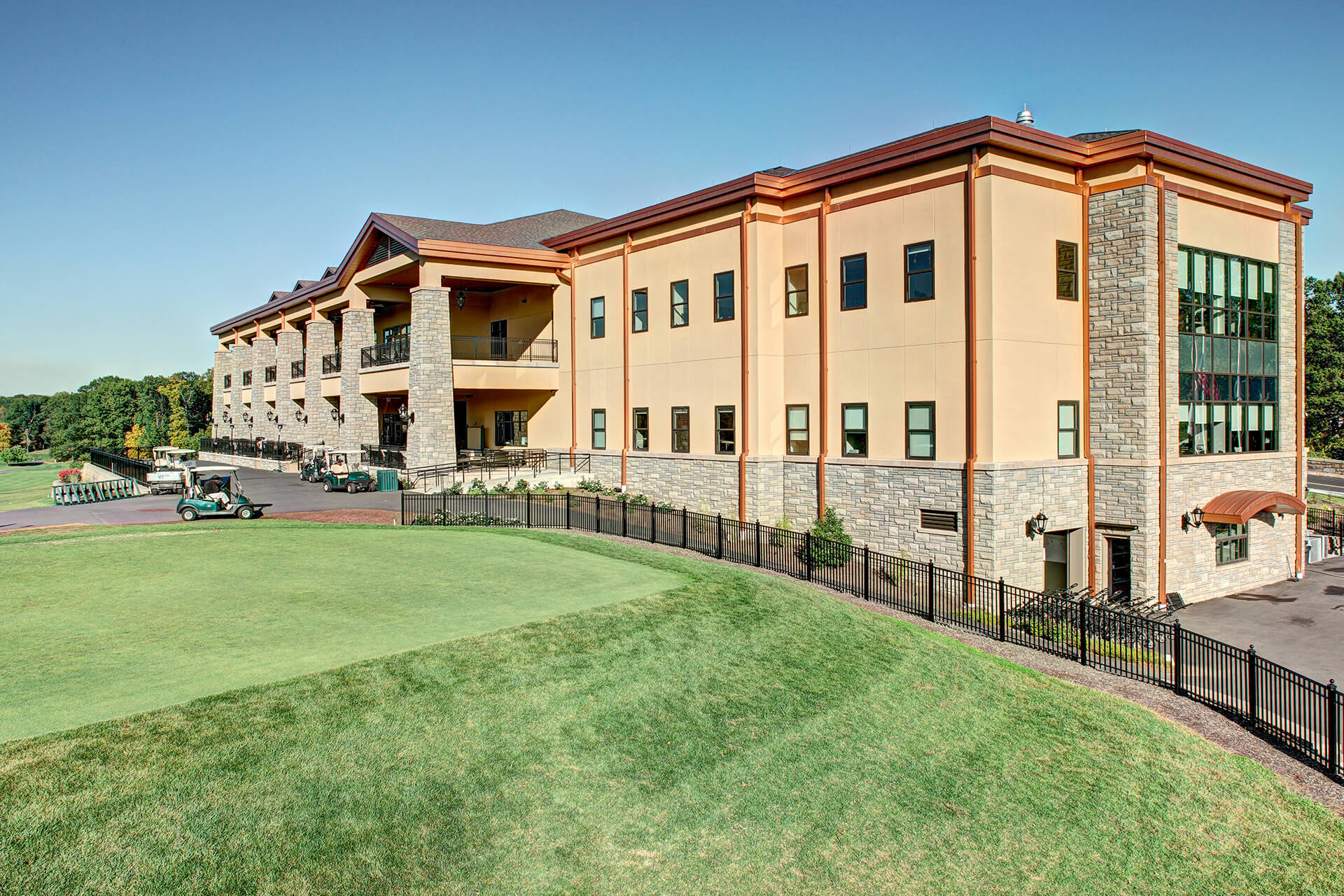 Galloping Hill Golf Course Exterior